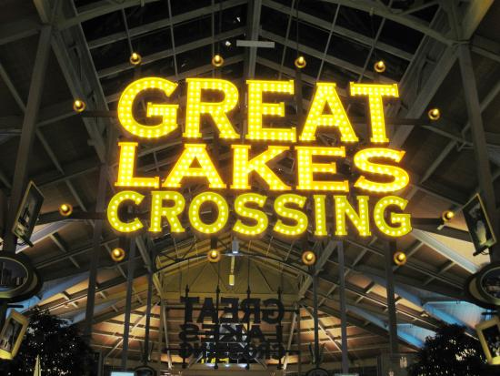 nike outlet great lakes crossing application